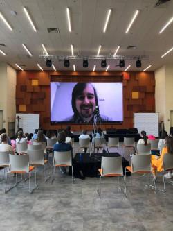 Cотрудник Центра Юзабилити и Смешанной Реальности Андрей Балканский выступил онлайн на митапе сообщества «ResearchOps» в Екатеринбурге